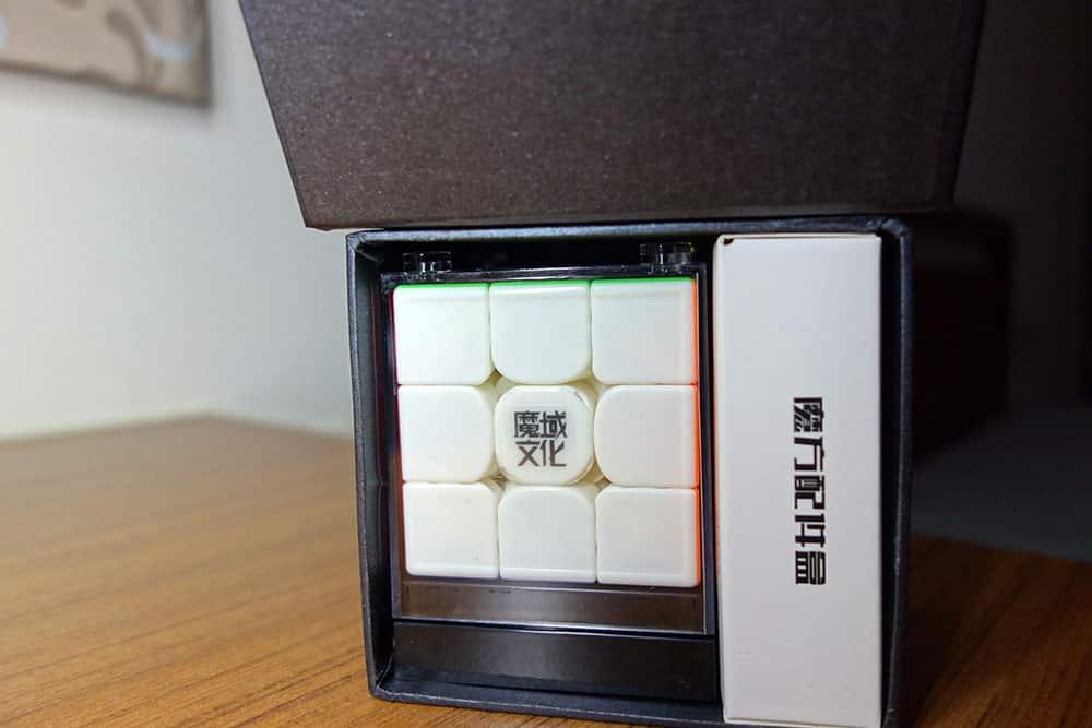 魔域 威龍GTS3M 盒子內部