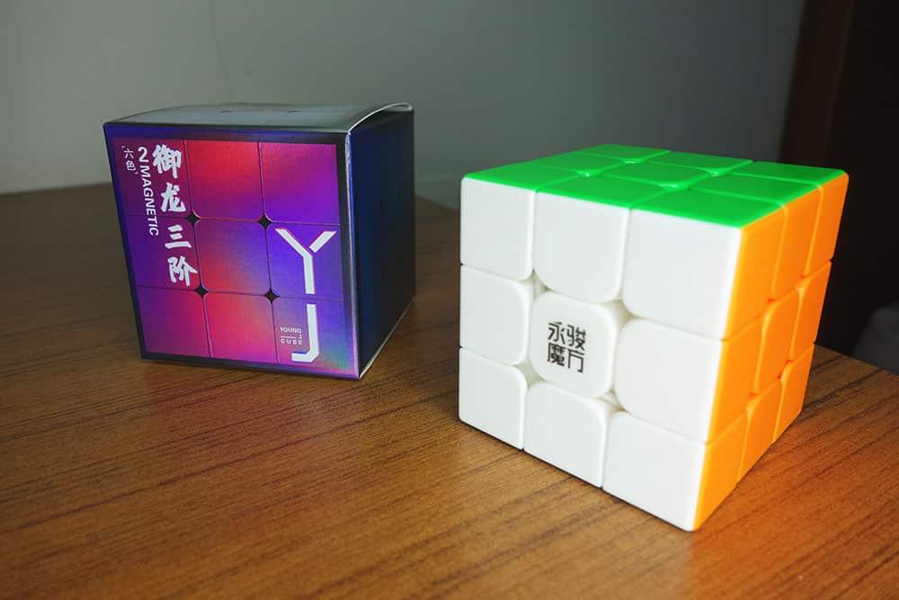 永駿 御龍 V2 M 外盒與本體